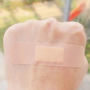 Image 5 - 100 Uds Banda Aids impermeable transpirable cojín adhesivo yeso herida Hemostasis pegatina banda Primeros Auxilios vendaje médico