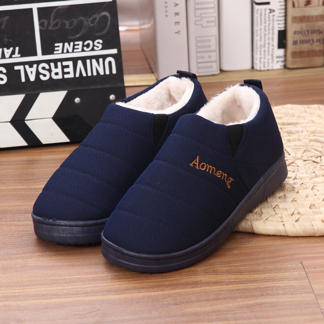 Winter New Slippers Household Shoes with Home Furnishing Cashmere Mens Package Sleeve with Thickened Warm Shoes Set Foot Shoes