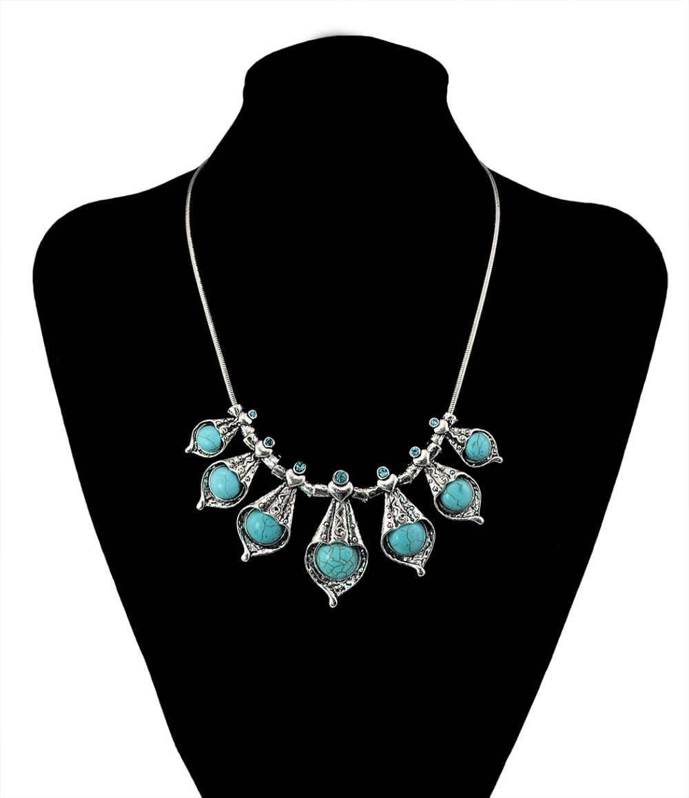 Ensembles de bijoux bohème fleur femmes accessoires de fête naturel vert pierre rétro Antique argent serpent chaîne collier boucles d'oreilles ensemble