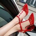 2015 rojo de las mujeres zapatos de tacón alto sexy tacones delgados sandalias agujero de cuero japanned dedo del pie acentuado sandalias de tacón alto