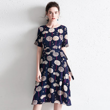 Summer Dress Silk 2019 Women's New Round Neck Short Sleeves Floral Printed Slim Lace-up Waistbow A-Line Casual Dress Over Knees floral print round neck half sleeves vacation a line dress