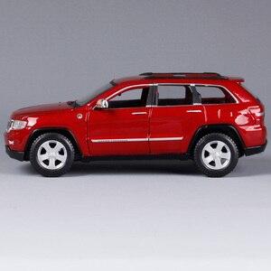 Image 3 - Maisto 1:24 Jeep Grand Cherokee SUV Diecast Modell Auto Spielzeug Neue In Box Freies Verschiffen 31205