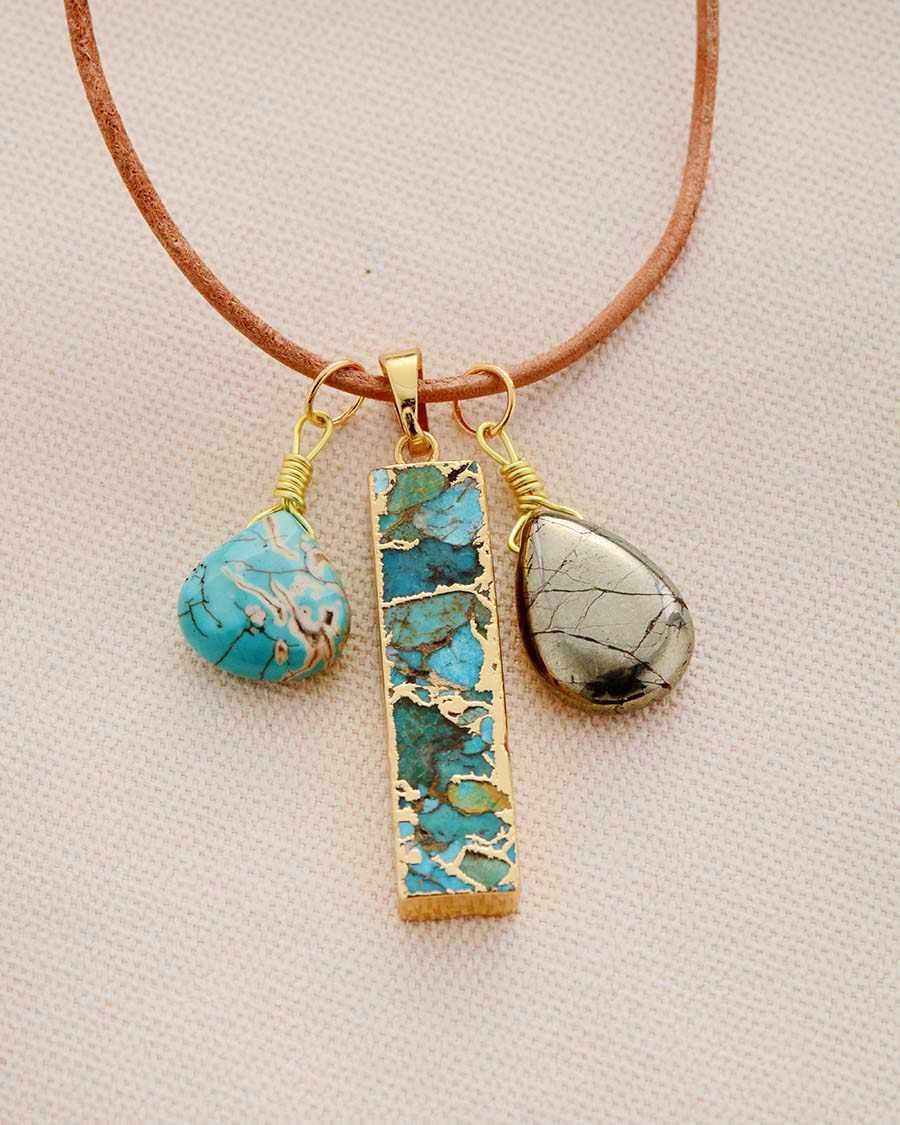 天然石ペンダントネックレス黄鉄鉱トルコ石チャームネックレス女性新ファッション革のネックレスの宝石