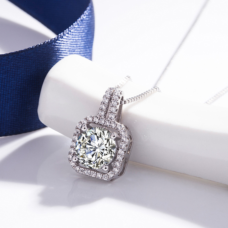 Fashion Accessories Female Jewelry 925 Silver Charm Necklace Rhinestone Pendant For Women Girl Valentine Mother's Day Gift