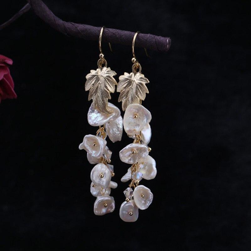 Designer fait à la main de boucles d'oreilles longues en forme de perle naturelle