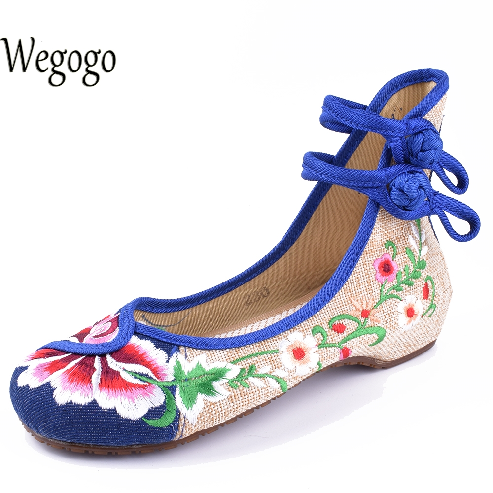 Wegogo Vintage Women Flats Shoes Old Peking Canvas Chinese Flat Heel Flower Embroidered Soft Dance Ballerina Shoes Plus Size 41 vintage women pumps flowers embroidered ankle buckles canvas platforms ladies soft casual old beijing shoes zapatos mujer