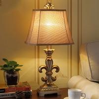 Luxury Retro Black Golden Table Lamp Luxury Bedroom Bedside Lamp Sculpture Resin Decoration Lamp Abajur Led 2018
