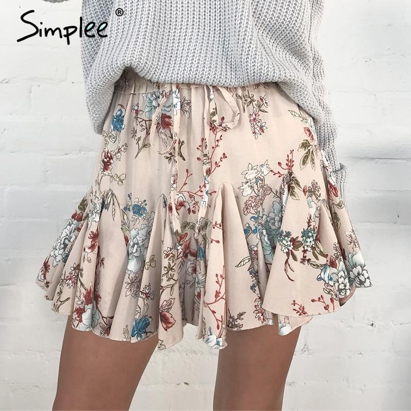 Mini jupe jupe florale à volants en mode ...