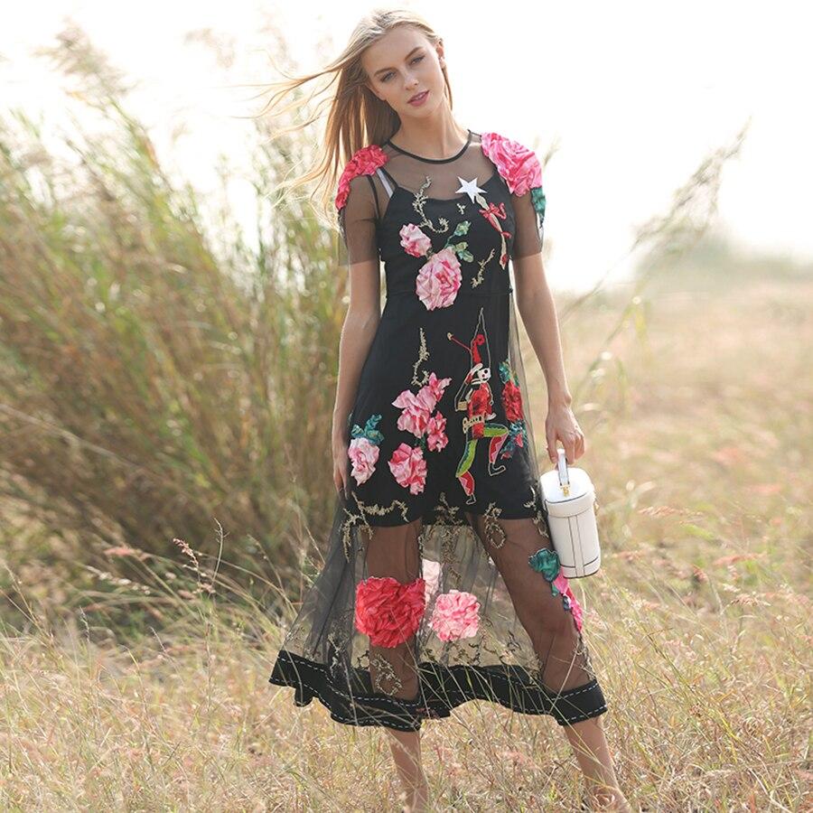 fa76e4d26 الفاخرة فساتين الصيف جديد 2019 قصيرة الأكمام الزهور التطريز الديكور يزين  مثير أعلى درجة النساء شبكة أنيقة اللباس. Click here to Buy Now!!