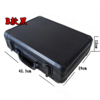 Wholesale retail good quality portable 600 yard code 4A square chips aluminum box poker carrying case bag suitcase silver black