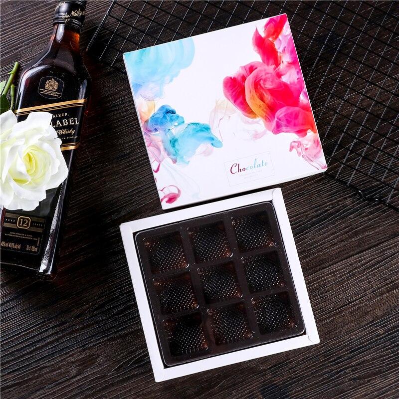 16.8*16.2*2.4CM Chocolate Macaroon Box ,Candy.cracker Box Packaging.100piece\lot