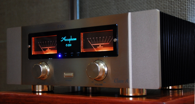 Copy Accuphase E-550  Pure Class A operation(30w-8Ω)  Guaranteed linear power MOS-FET 3 parallel push-pull configuration