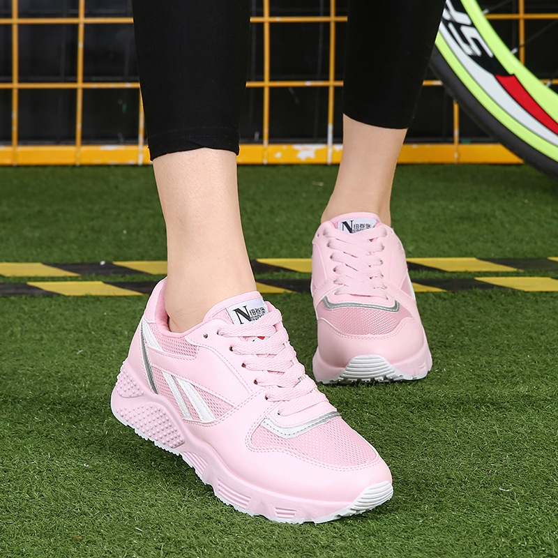 Summer Air Mesh women sport Shoes 2017 Colorful Breathable women running Shoes Light Comfortable Lace-Up Couple Shoes zapatos
