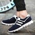 Cool мужчины повседневная темно-синий спорт и открытый удобную обувь мужской улица стильный шаблон черные туфли zapatillas депортиво