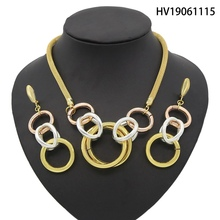 Yulaili 2019 Dubai Gold Jewelry Sets Double Circle Pendant Style Necklace and Earring Wedding Jewelry with Zinc Alloy Design недорого