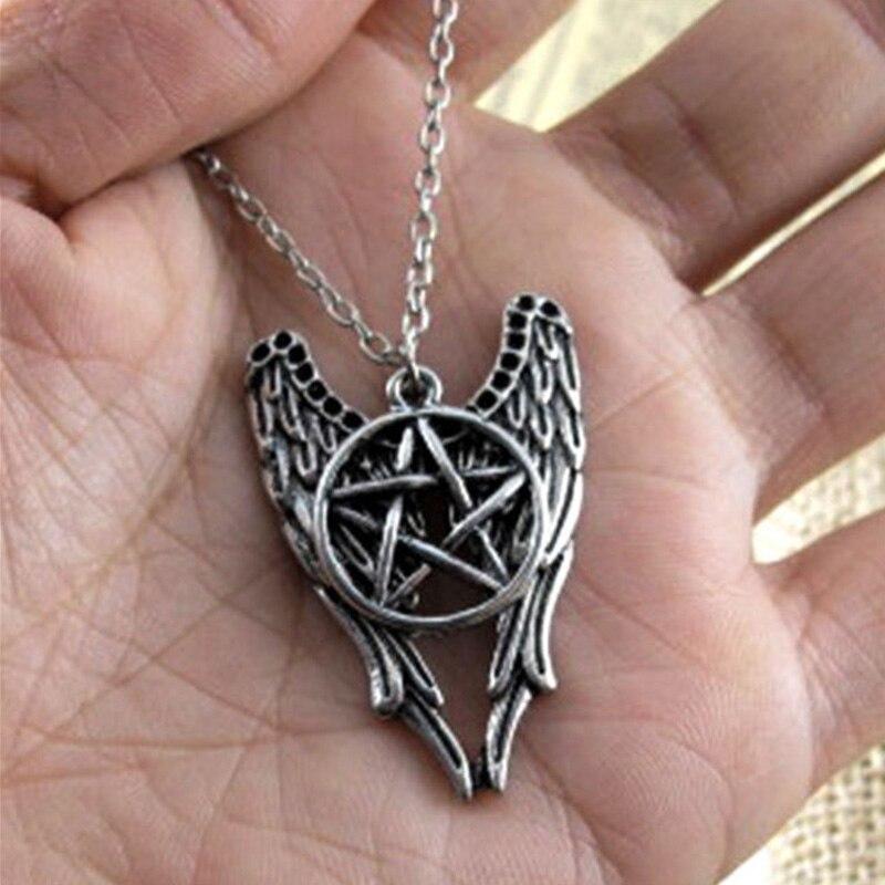 1038ef9b153d Encanto caliente de la mujer moda evil supernature Pentagram alas belleza  COLLAR COLGANTE en venta al por menor unisex de moda