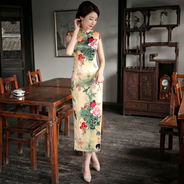 S-3XL Chinese Women s Satin elegant plus size Cheongsam Silk Qipao Retro  Oriental Dresses Traditional clothes Vintage Long dress e5d158a86f95