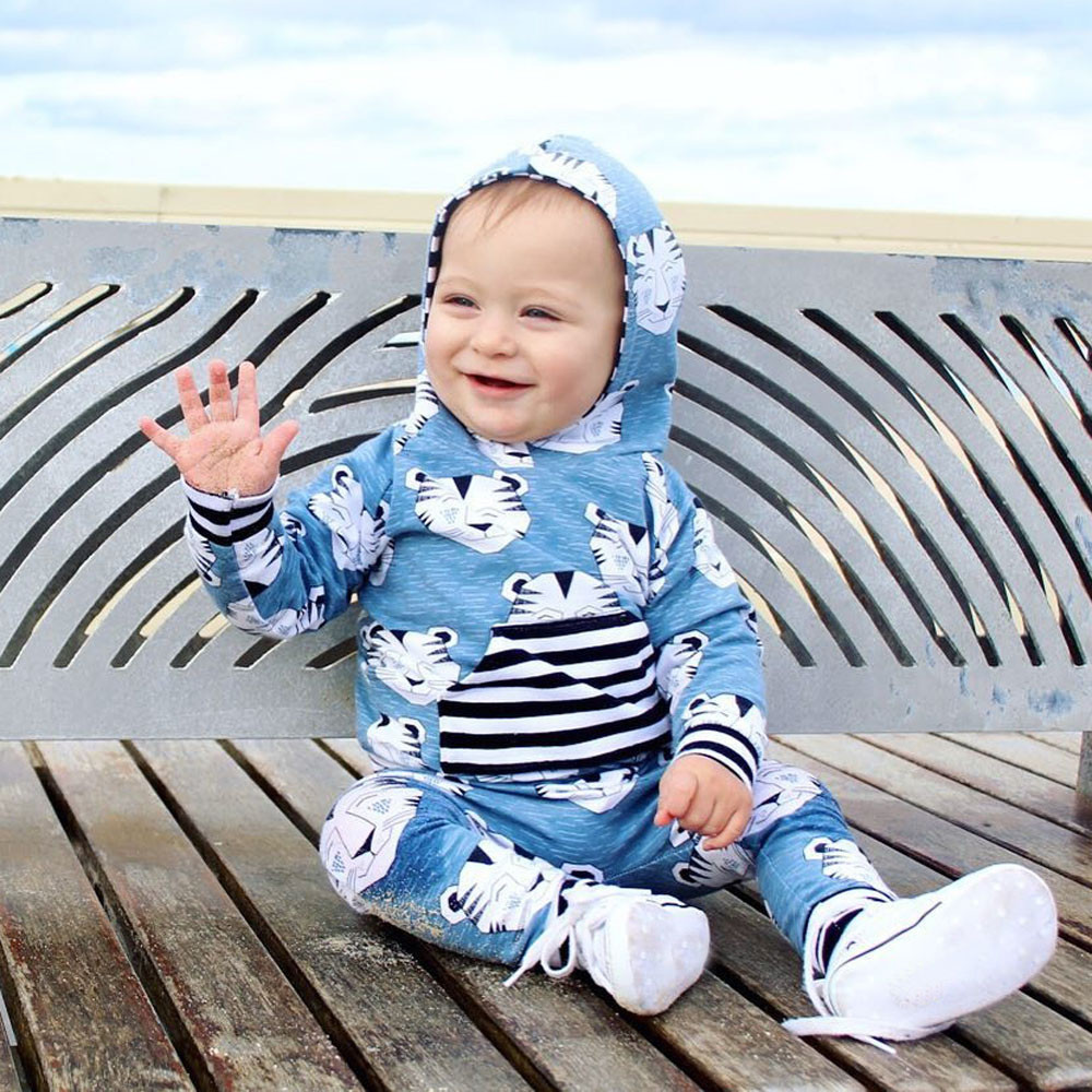 Newborn boys clothes Baby Girls Boys smile tiger print Animal Clothes Set Hooded Tops+Pants Outfits newborn suit Ropa Bebes Suit