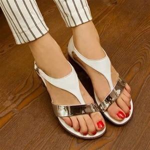 Image 3 - Niskie mieszkanie z Plus Size sandały gladiatorki damskie t strap rzymskie sandały pokrycie pięty pasek z klamrą zwięzłe mieszane kolory buty czeskie