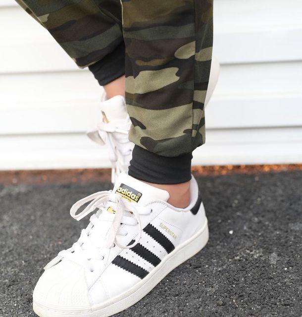Pantalones con cordón de cintura alta