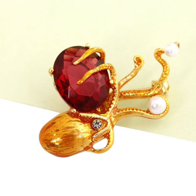 Beautiful Octopus Section Crystal Personalities Brooch Brosche Mujer Vintage Badge Copper Pins Broszka Broche Bijou Spilla 100pcs lot mix 7 colors almighty collar anti exposure brooch pins badge shawl cardigan button nip broche pins spilla wholesale