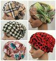 Tapas de pañuelos hijab islámico musulmán sombreros las mujeres impresión floral interior yoga sombreros underscarf tapa básica de impresión envío gratis