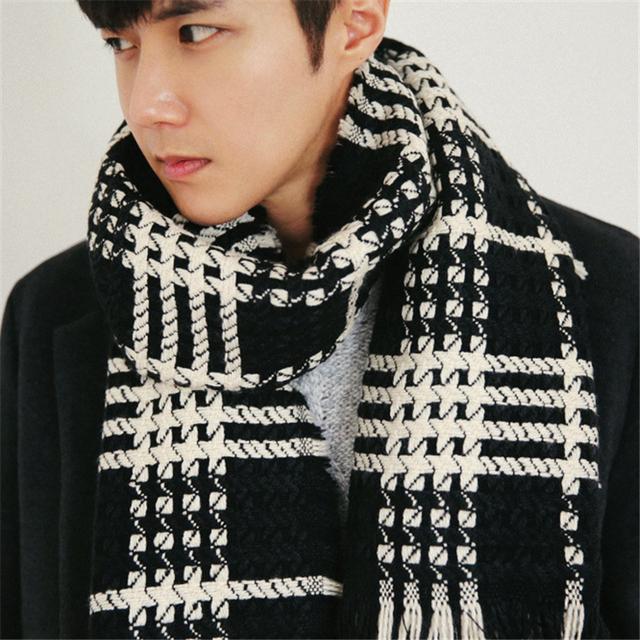 Novos outono e inverno lenços homens Coreano xale xadrez Jovem homem cachecol longa seção de cashmere quente mais grosso high-grade