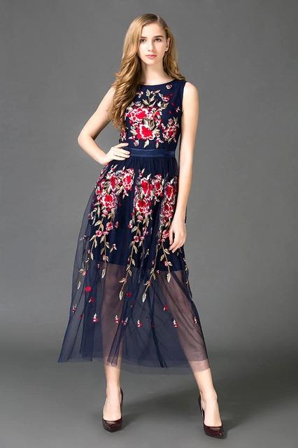 Embroidery Flowers Long Runway Dresses