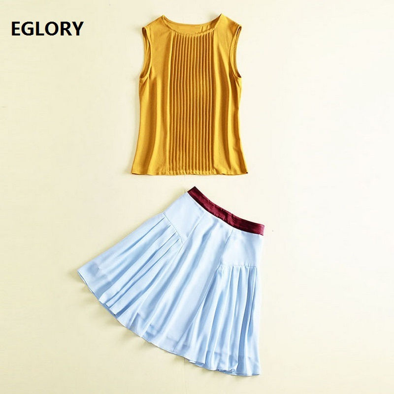 Two Pices Set Skirt Suit Women Pleated Sleeveless Tops t-shirt+Pleated A-Line Skirt Casual Ladies Skirt Set Clothes Woman Outfit