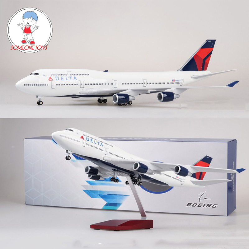 IN STOCK 47cm 1/150 Scale Diecast Airplane Model Boeing 747 Aircraft DELTA 380 Airliner Model With Light And Wheel Collection