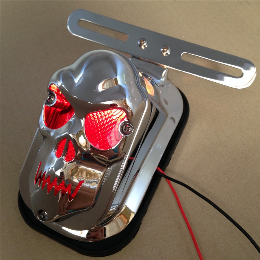Aftermarket free shipping motorcycle parts Red Skull Brake Tail Light Signal For Harley Davidson Bike Chrome