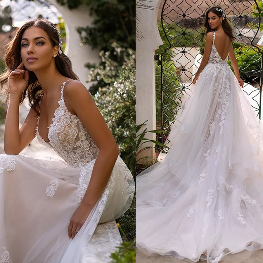 Charming V-neck Tulle Beading Lace Applique A-line Wedding Dress With Court Train Layer V-back Bridal Dress Vestido De Novia