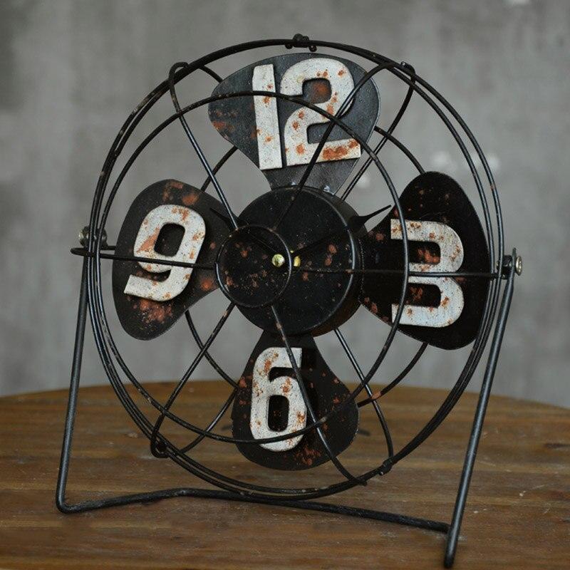 Américain rétro artisanat Vertical ventilateur modèle Bar bureau caractère horloge accessoires décoration maison cadeau accessoires 26*27*9 cm - 2