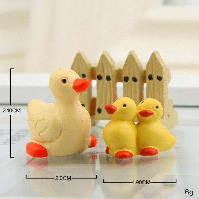 Plastic Piggy Puppy Duckling Hedgehog Figurines  5