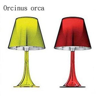 Eenvoudige Moderne Acryl Kleur Lamp Kamer Werd Modieuze Slaapkamer Bedlampje
