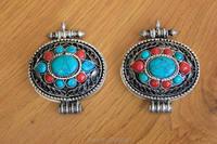 PN908 Tibétain argent Antique Ovale Tente Boîte de Prière GAU Amulettes Népal Vintage Fleur Soie Semi-précieux Pendentif En Pierre