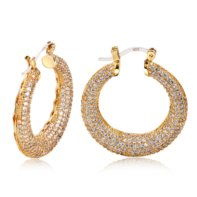 Latest Fashion Female Bohemian Hoop Shape Platinum Plated inlaying Anti-Allergy White Color Top Grade Zirconia Crystal Earrings