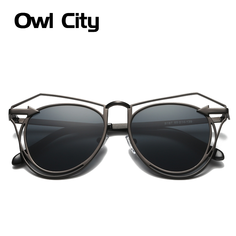 Vintage Cat Eye Sunglasses Women Stylish Fashion Brand Designer Retro Oversize Alloy Frame Hollow Accessories UV400