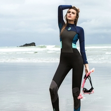 Hisea 1.5mm women neoprene wetsuit color stitching Surf Diving Equipment suit clothing long-sleeved one piece soft Elastic Warm цена