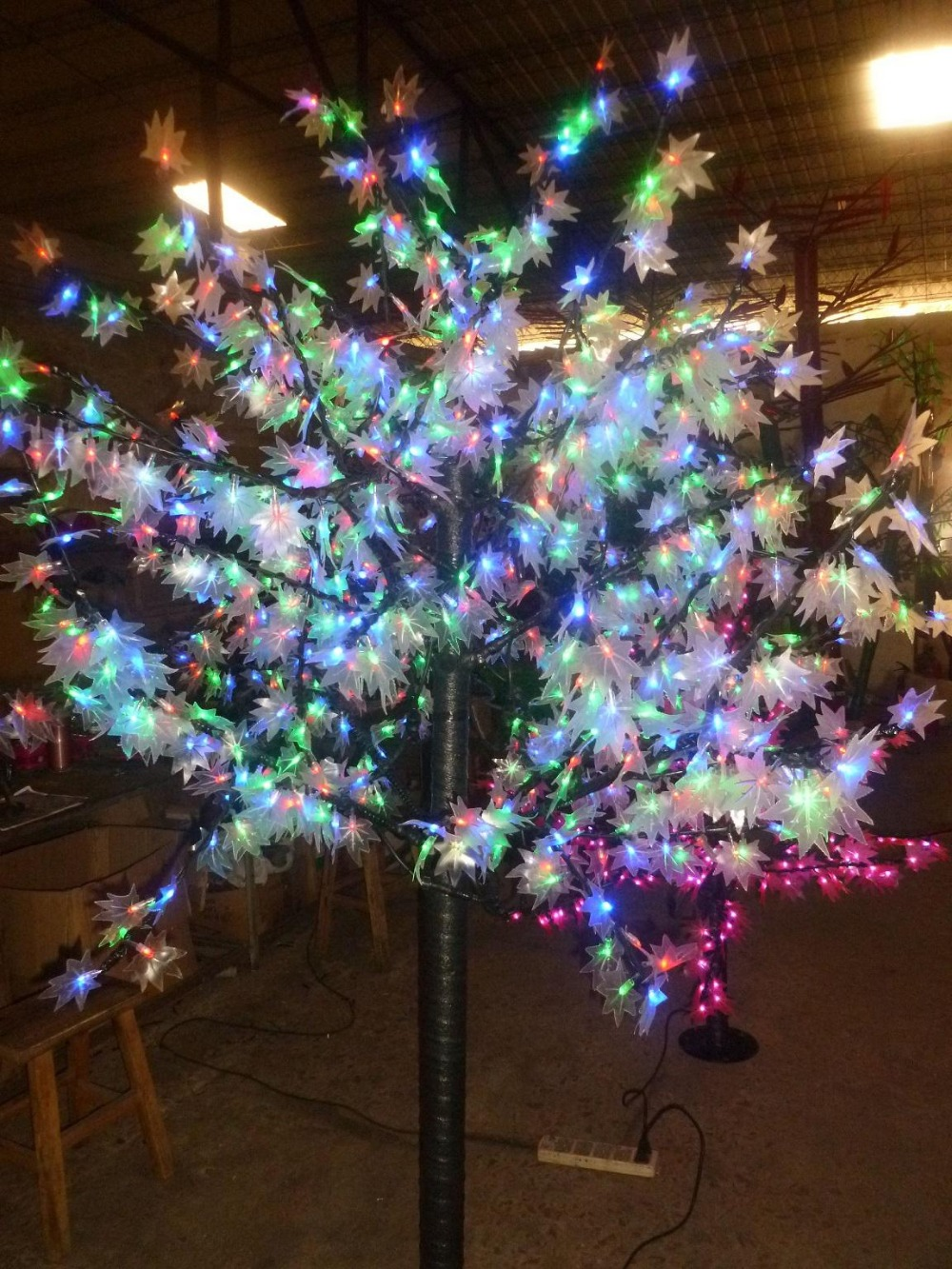 Free ship 648 LEDs 5ft Height LED Maple Tree LED Christmas Tree Light Waterproof 110/220VAC RGB Color Outdoor Use