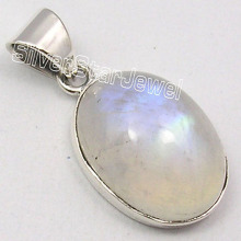 Muiltiple Choices Chanti International Solid Silver OVAL RAINBOW MOONSTONE WELL MADE Pendant 2.8 CM JEWELRY STORE