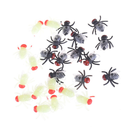Practical House Fly Animal Toy Plastic Bugs April Fool's Day Props Simulated Flying Decoration Halloween Jokes Toys 12pcs/lot