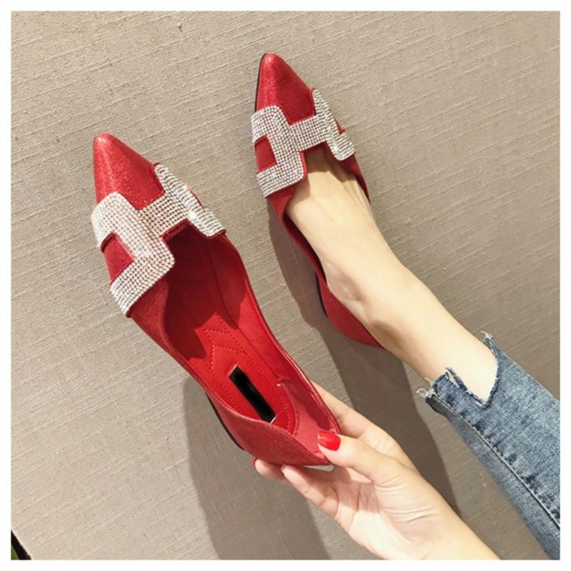 1  SUOJIALUN Vogue Girls Flat Ballet Footwear Bling Crystal Pointed Toe Flats Footwear Elegant Snug Woman Shiny Footwear HTB1oI0Dz1GSBuNjSspbq6AiipXaK