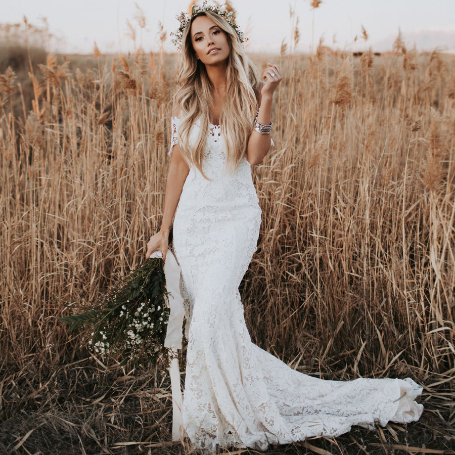 Elegant Boho Lace Wedding Dresses Country Style Off The Shoulder Short Sleeves Bridal Dresses Beach Wedding
