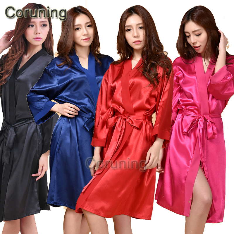 RB088 Rayon Bathrobe Womens Kimono Satin Robe Sexy Lingerie Classic Nightgown Sleepwear with Belt Hen Party Robes Bridemaid Robe