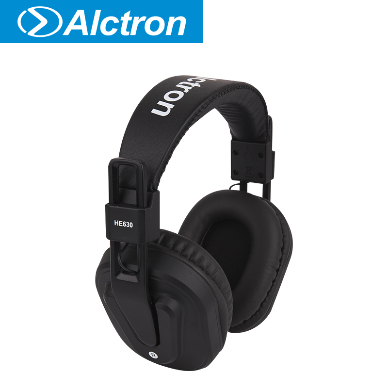 Alctron HE630 closed monitor headphone used in studio, stage performance image