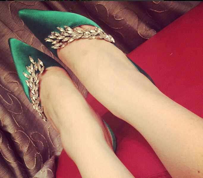 Green Bling Bling Leaf Shaped Rhinestone Decorated Sexy Pumps Shoes Woman Red Black Champagne High Heel Slip on Dress Shoes