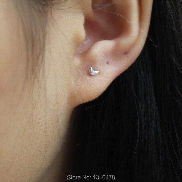 The New Small Stud Earrings 2mm 4mm Crescent 925 Tremella Nailed Ear Bones