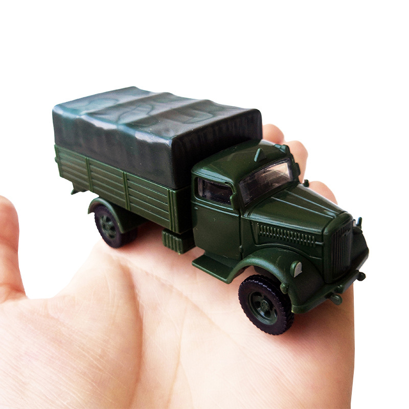 Plastic Vehicle Army Children Learning Military Developing Creativity Truck 1/72 Kfz.305 New
