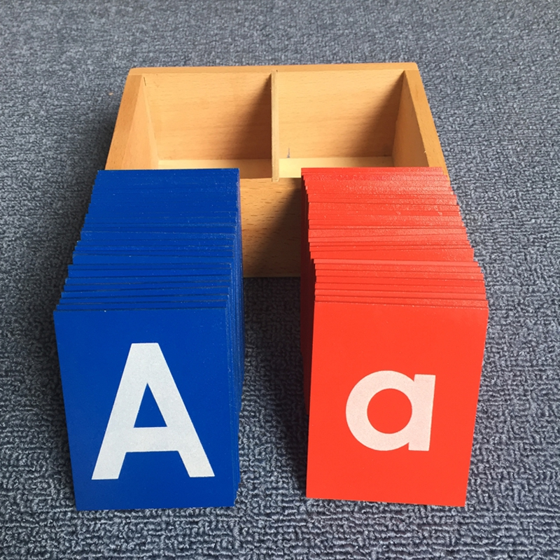 Nouvelle Arrivée Bébé Jouets Montessori Inférieur Et Capital Cas Papier de Verre Lettres Boîtes En Bois Enfants Éducatifs Développement Précoce